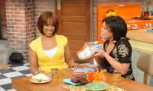 Gayle King promotes Cape Clogs on the Rachael Ray Show